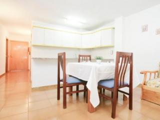 Decatlon - Apartamento 2/4 - Costa Dorada vacation rentals