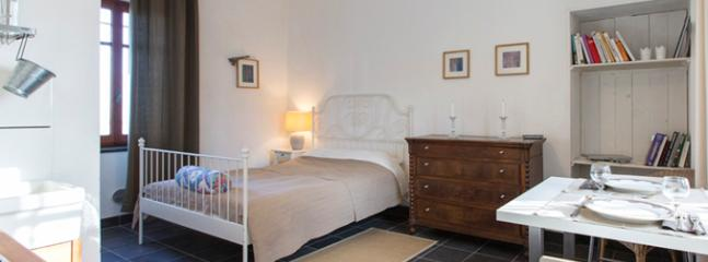 Nice one-room-studio in a refurbished countryhouse, Frassinello Monferrato