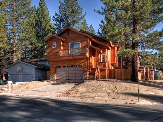 Gorgeous 4 Bedroom/3 Bathroom House in South Lake Tahoe (ST49) - South Lake Tahoe vacation rentals