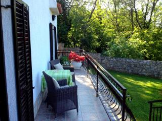Sun Drenched Apartment in Rural Istria with a Holistic Garden, Krsan
