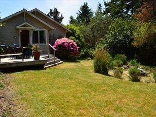 SEA BREEZE COTTAGE in Manzanita OR