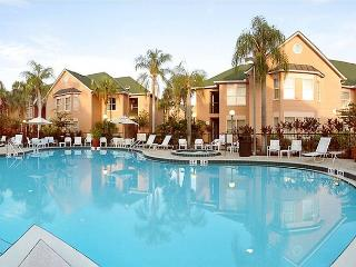 Great resort value in Kissimmee, 10 minutes from Disney, sleeping 6 guests