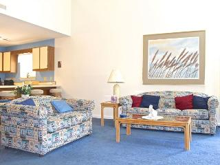 Golf Colony Resort Beautiful Villa with cool breezes and fabulous views -22J, Surfside Beach