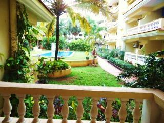 Seaside 1 BHK apartment with Pool infront !!, Varca