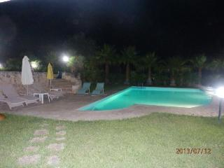 TRULLO MARYLIN WITH POOL, Brindisi