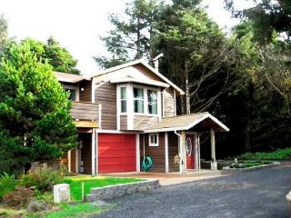 Pelican Cottage - Lincoln City vacation rentals