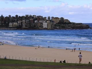 Bondi Beach Aqua View