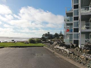 Bayfront Riviera - Lincoln City vacation rentals