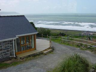 Penty Buwch with Sea Views, Llanaber