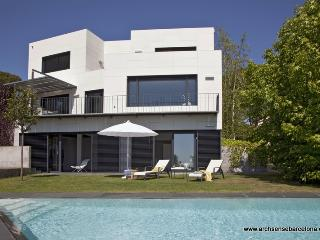 Amazing 10pax Luxury Villa close Barcelona (B1501), Cabrils