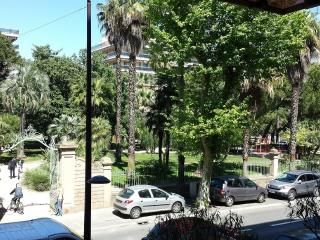 Apartment garden view at  200m from the sea, Juan-les-Pins