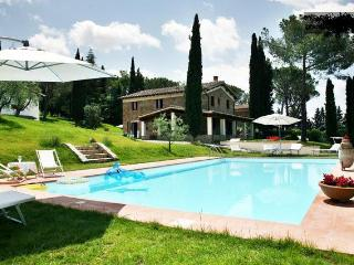 VILLA CHIANTI FLORENCE PRIVATE POOL GREAT VIEW, Greve in Chianti