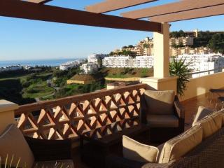 'La Vista' a Fabulous 3 bed Holiday Penthouse!, Sitio de Calahonda