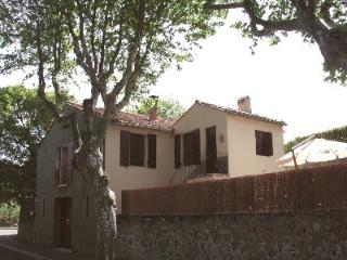 DETATCHED HOUSE IN LANGUEDOC-ROUSSILLON, PYRENEES-, Laroque des Alberes