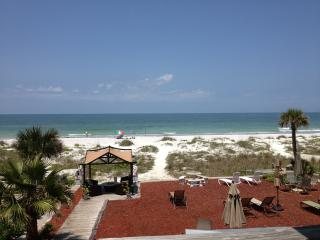 Gulf Views from this Beachfront Studio Apt, Indian Shores