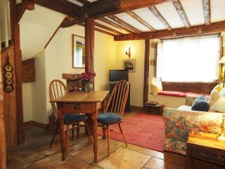 Michaelmas Daisy Cottage, Oddington