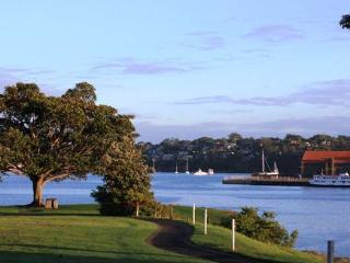 2 Bedroom cottage in Beautiful Balmain- Inner West