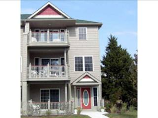 LARGE CONDO WITH POOL 92567, Cape May