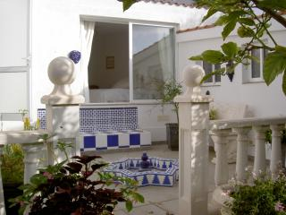 Lovely detached villa, private pool, sea views, Los Cristianos