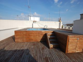 Museo IV apartment. Wifi and Pool, Siviglia