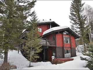Ski Home To Your Back Door - Beautiful 3-Level Private Home (3498), Jackson