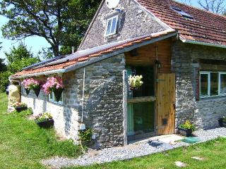 COSY TWIN ECO FRIENDLY ROOM STUNNING LOCATION, Saint-Benoit-du-Sault