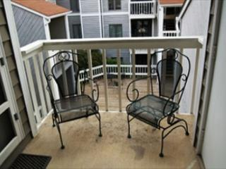 Royal Oak 132 great In-Town condo location, walk to Main Street, Blowing Rock