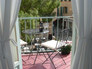 Charming studio apartment with balcony in Villefra, Villefranche-sur-Mer