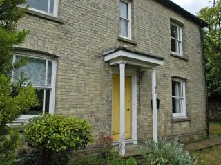 Short term fully serviced 3 Bed Home for Rent, Cambridge
