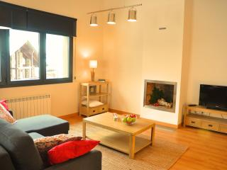 Cozy apartment on the slopes, El Tarter