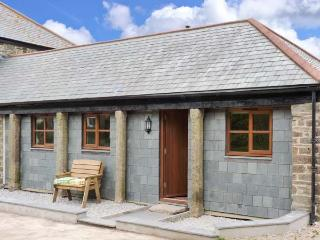SKIBER GOTH, pet-friendly, rural views, good touring base, ground floor cottage near Liskeard, Ref. 5240
