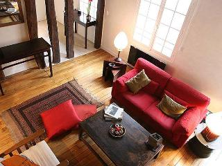 Marais Triplex - 3BR in the heart of Paris - Paris vacation rentals