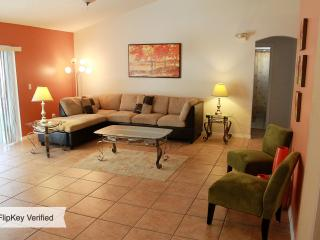 A WONDERFUL PLACE TO BE - 3BR 2BA WITH PRIV POOL, Kissimmee