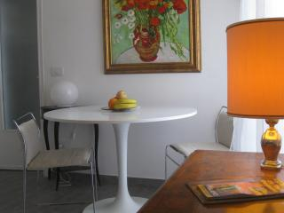 MAMRE Central studio WIFI at the Park Sempione - Milan vacation rentals