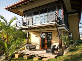 Brand New Romantic Casita! Summer Specials! - Manuel Antonio vacation rentals