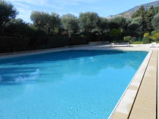Apartment in a Luxury Residence with pool near MC, Roquebrune-Cap-Martin