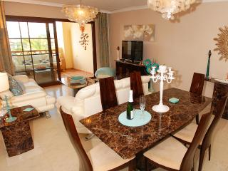 Beautifully furnished - new in 2012