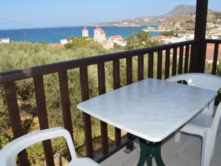 sea-view apartment for 2, No 25, Kalyves
