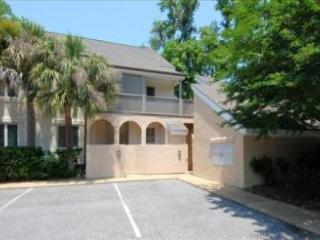 174 Colonnade Club - Hilton Head vacation rentals