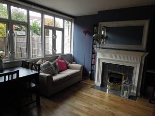 London Garden Flat w Parking, Londres