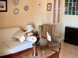 Living area, air-conditioned w/double sofa-bed