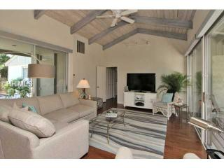 South Beach Sea Pines 3 Bdrm Villa End Water Views - Hilton Head vacation rentals