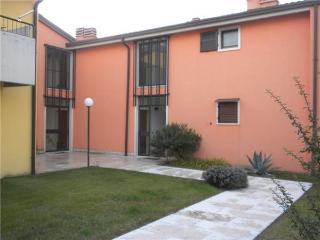 44728-Apartment Lazise