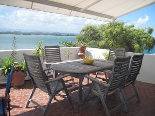 Stunning View and Apt in OLD SAN JUAN, San Juan