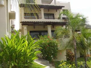 COCO  SUNSET  HILLS  UNIT #   97  OCEAN VIEW /POOL, Playas del Coco