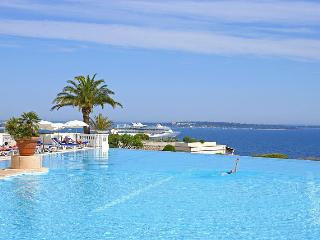 Cannes Francia: Stunning, sunny 1 bedroom holiday apartment in Palm Beach, Cannes