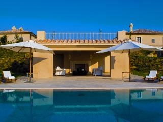 Tuscany Coast Villa II - Large Tuscan Villa perfect for Weddings on a natural Private Reserve, Certaldo