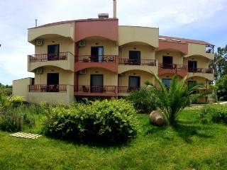 Aenaon studios near the sea for relaxation - Euboea vacation rentals