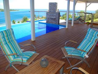 White Villa - MOOREA - pool & beautiful bay view, Moorea