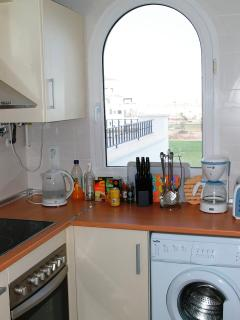 kitchen with all mod cons